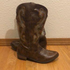 Steve Madden cowboy boot 5